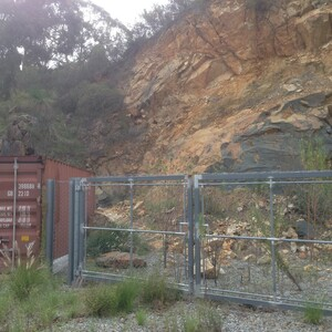 PROJECT 10 - Gosnells Quarry - With rock fencing installed