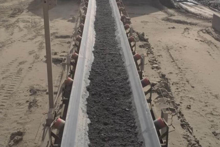 A  Filtered Tailings Cake Transfer By Conveyor
